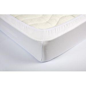 Белая трикотажная простыня на резинке