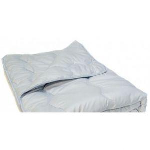 Полушерстяное одеяло, чехол полиэстер. Вилюта, Украина